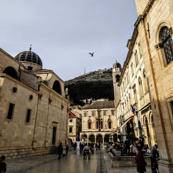 The old city of Dubrovnik gets crowded!