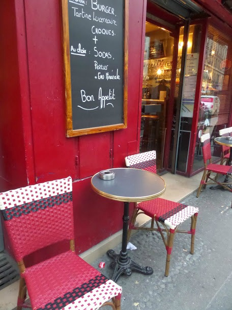 Eat cheap in Paris - take your coffee at the bar
