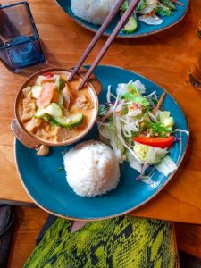ca ri curry (best vegetarian food in the world)