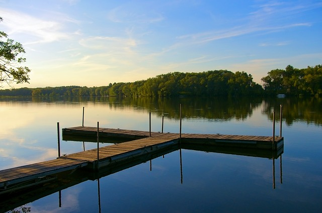 beautiful lakes to explore in iowa